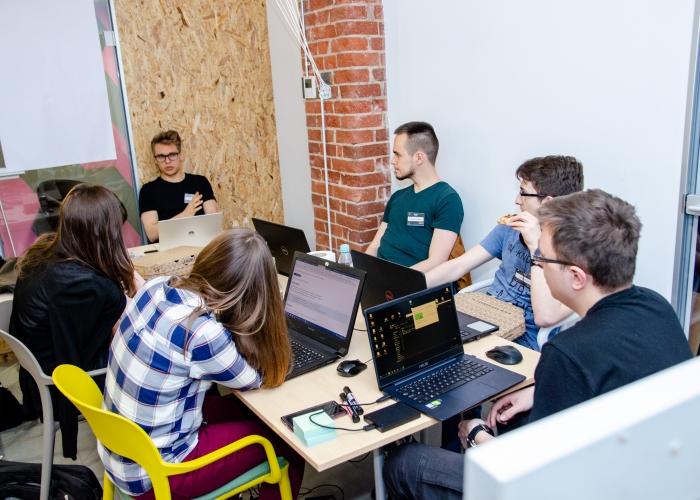 CodersCamp - Hackathon 2019 - LiveChat (102)