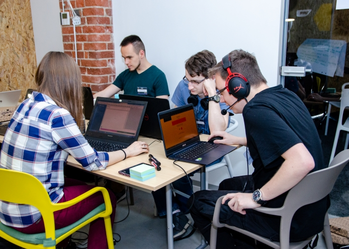 CodersCamp - Hackathon 2019 - LiveChat (120)